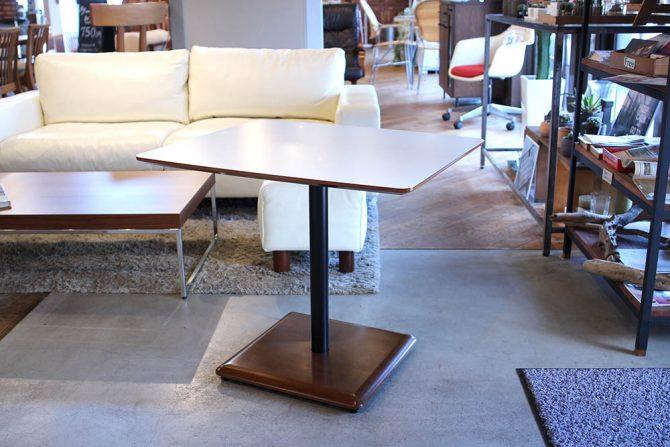 カリモク60+ カフェテーブル ウォールナット