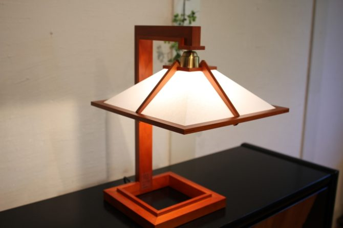 タリアセン1 テーブルランプ フランクロイドライト