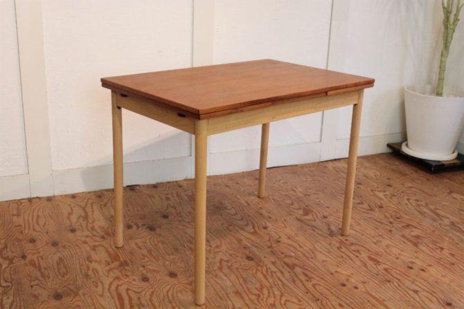 北欧ヴィンテージ家具 チーク材伸長式ダイニングテーブル