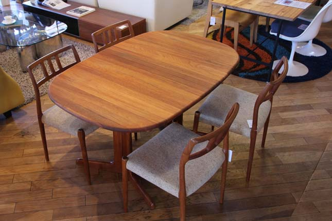 グドメ/GUDME社|伸長式ダイニングテーブル 北欧 デンマーク製 チーク材