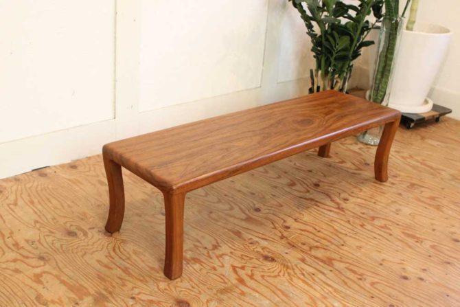 ヨーガンレール ババグーリ チーク材テーブル