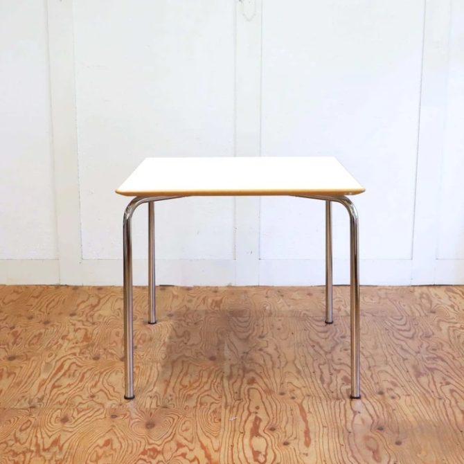 カルテル マウイテーブル