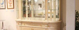 サルラレッリボビリ 飾り棚